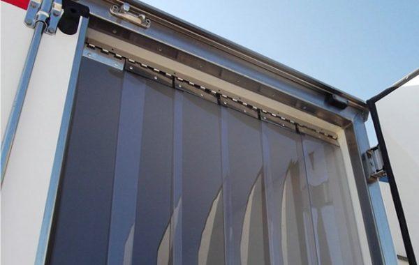 Szalagfüggöny hűtőautóra